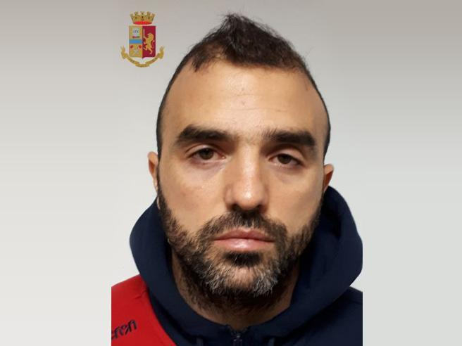 Arrestato Davide Sau, fratello dell'attaccante del Cagliari: era in una banda di sequestratori