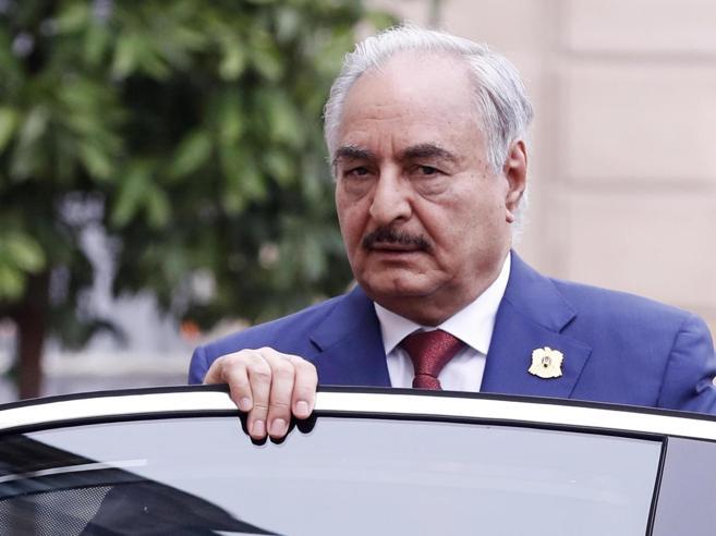 Libia, via al vertice di PalermoSi tratta  sull'arrivo di Haftar