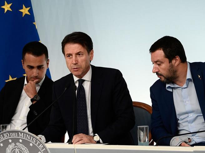 Manovra, il giallo sul vertice Conte vede Salvini e Di Maio (ma in due incontri separati)