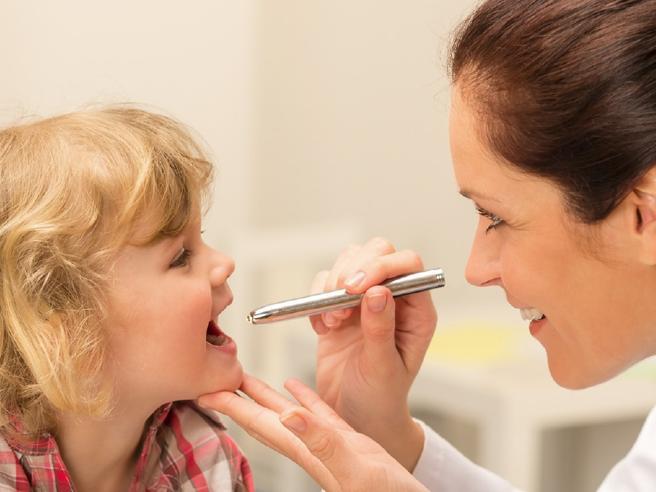 La tosse può essere sintomo di 4 malattie: ecco quali sono (e cosa fare)