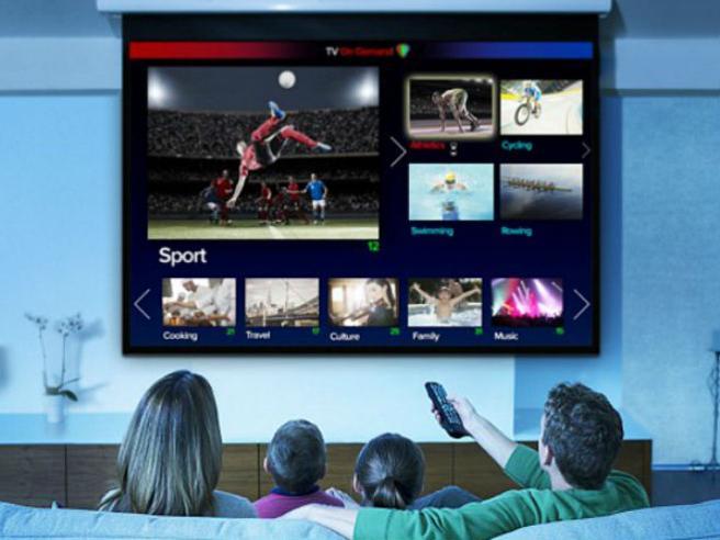 Sky Q, Netflix, Spotify e le altre, tante piattaforme (che non si parlano): il futuro dell'intrattenimento costerà caro