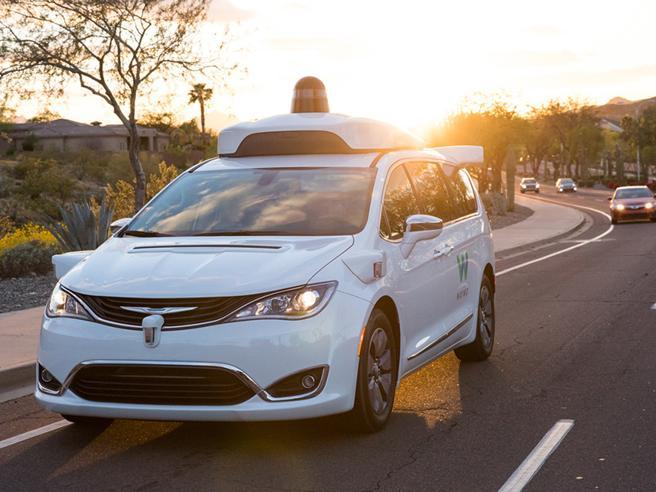 Auto senza conducente, ci siamo: a dicembre Google parte negli Usa Come funziona