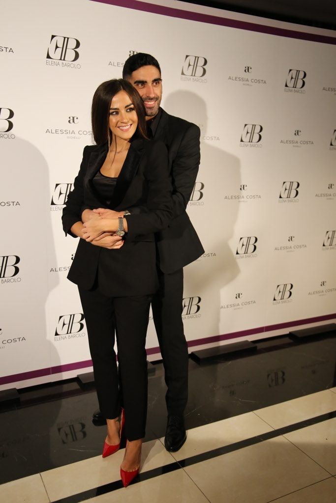 Da Simona Ventura a Filippo Magnini  il party in hotel di Elena ... 19aeb26ffed