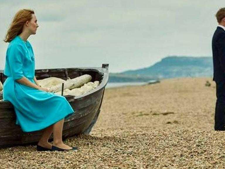 Chesil Beach, così frana un amore Animali fantastici 2 da serie tv Il Capodanno pulp di Argentero