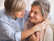 Tumori, l'italia discrimina gli anziani Vivono meno dei coetanei europei