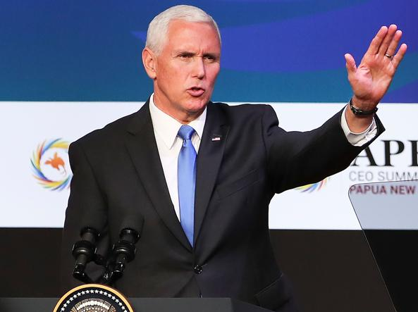 Mike Pence al vertice dell'Apec (Afp)