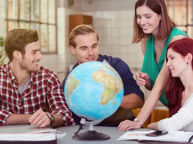 Eurostat, pochi studenti stranieri nelle università italiane. Record di albanesi e romeni