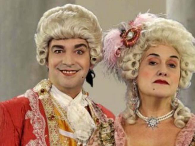 «Sensualità a corte» di nuovo in tv: dal 29 novembre tornano Jean-Claude e Madre