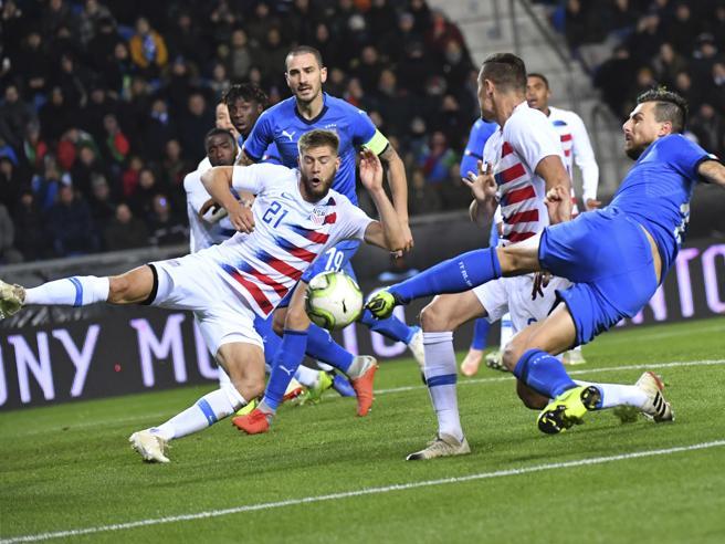 Italia-Usa 1-0, troppi errori degli azzurri, poi Politano sblocca una gara stregata