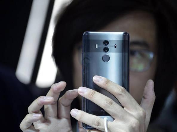 597481450f Wall Street Journal, gli Usa contro Huawei: la richiesta ai Paesi alleati  di boicottare