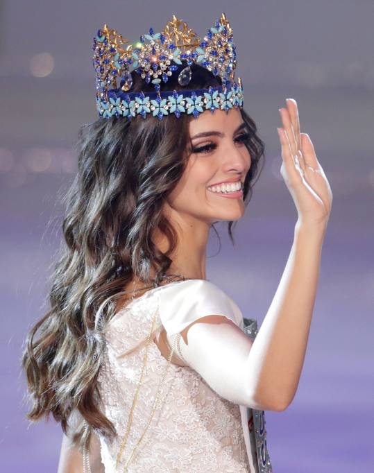 Official Thread of Miss World 2018 ® Vanessa Ponce De León - MEXICO - Page 2 2018-12-08T145438Z_1828011998_RC19A5E29FA0_RTRMADP_3_CHINA-MISSWORLD_MGZOOM