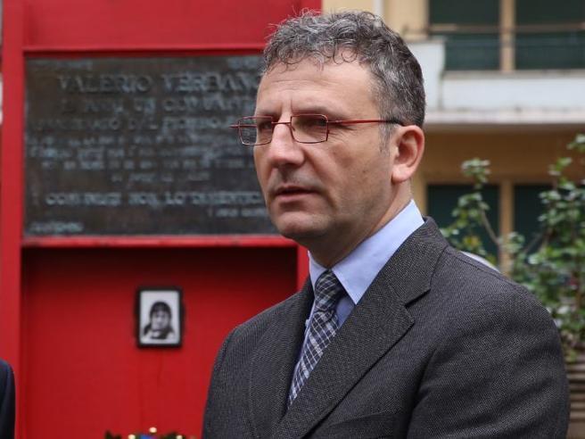 «Disgelo con i 5 Stelle»  Parla il vice di Zingaretti e i renziani si scatenano