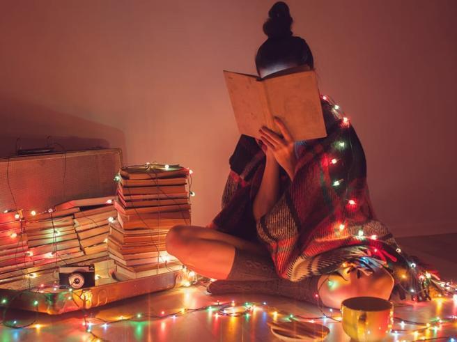 Il ministro Bussetti: «Meno compiti per Natale, i ragazzi