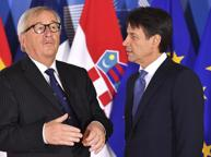 La partita a scacchi tra Conte e Juncker: deficit vino al 2%