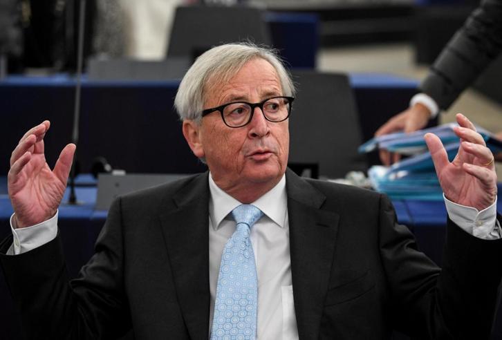Juncker: «Stasera incontro la May, ma l'accordo Brexit non si cambia»