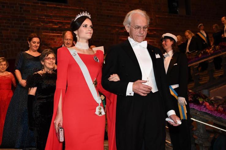 Stoccolma, sfilata di principesse ai premi Nobel
