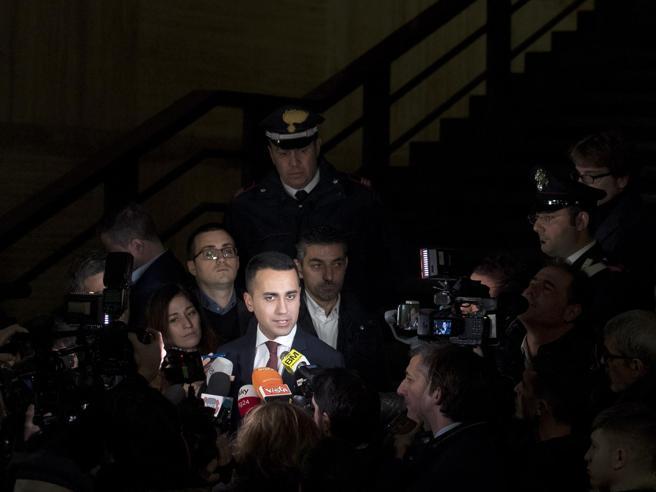 Il duello Salvini Di Maio,Conte costretto al rientro da Bru
