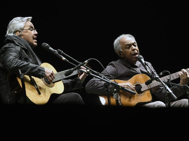 Brasile, 50 anni dal golpe dimenticato che esiliò Caetano Veloso, Gilberto Gil e Chico Buarque