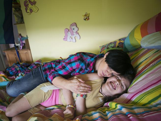 «Ho pianto per la malattia di mia figlia ma ora riusciamo a ridere insieme» Foto
