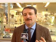 Giacomo Poretti e il suo (giusto) imbarazzo davanti agli ultimi