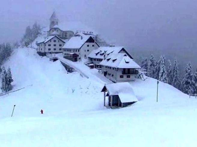 Monte Lussari: riprese ricerche di due alpinisti spariti da martedì