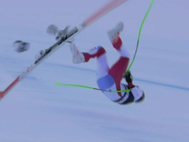 Sci, incidente in Val Gardena: paura per lo svizzero GisinPer lui frattura del bacino Il video della ...
