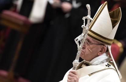 L'omelia di Natale di Papa Bergoglio, la messa in San Pietro