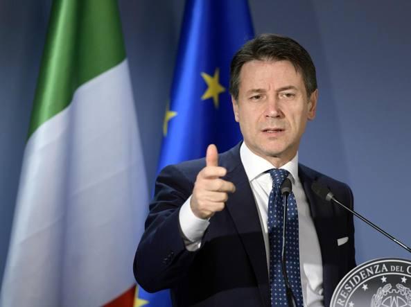 Carige, il governo in campo ma «neanche più un euro per le banche» La svolta di Francoforte e gli effetti per i correntisti