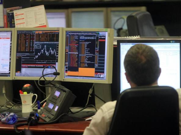 costo moderato prezzo basso pacchetto elegante e robusto Borse, Milano in rialzo del 3% in scia a Wall Street|Indici ...