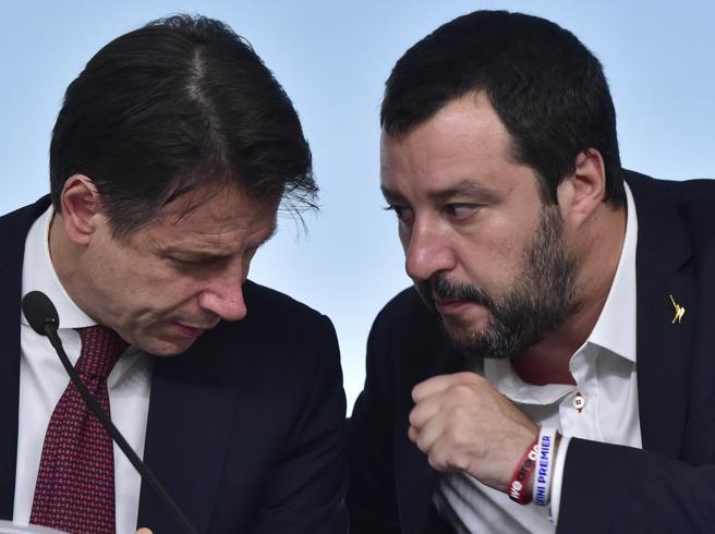Migranti, Salvini a Conte e Di Maio: «Sono molto arrabbiato. Reddito? Senza pensioni di invalidità non lo votiamo»