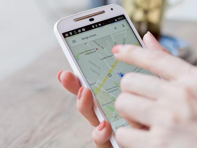 Geolocalizzazione: con pochi dollari si può spiare la posizione dello smartphone di una qualsiasi persona
