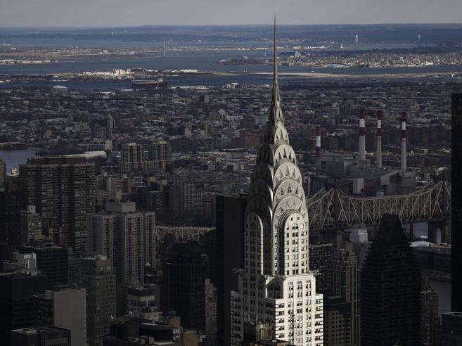 Abu Dhabi vende il Chrysler, chi comprerà il grattacielo'