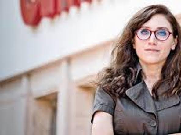 La giornalista Ünker e il bavaglio turco