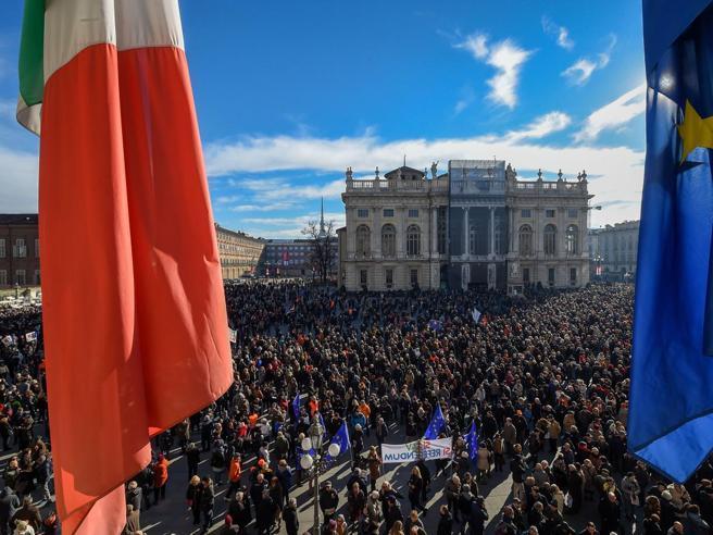 I  Sì Tav conquistano di nuovo Torino