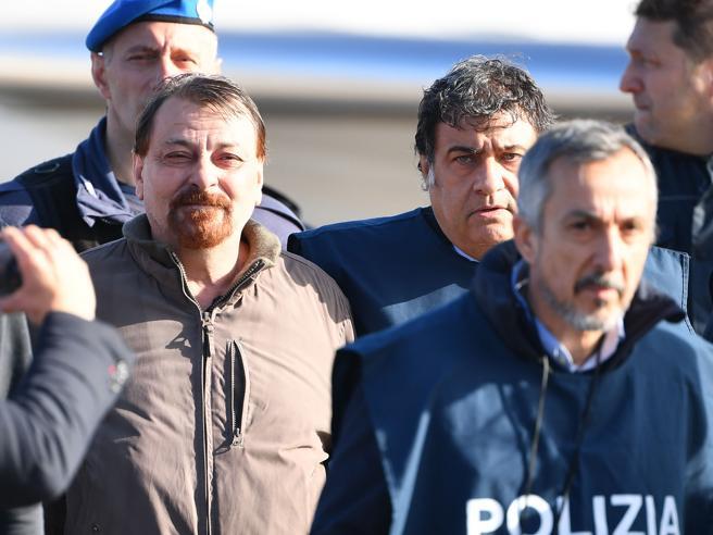 Cesare Battisti trasferito in Sardegna: ora è  nel carcere di Oristano