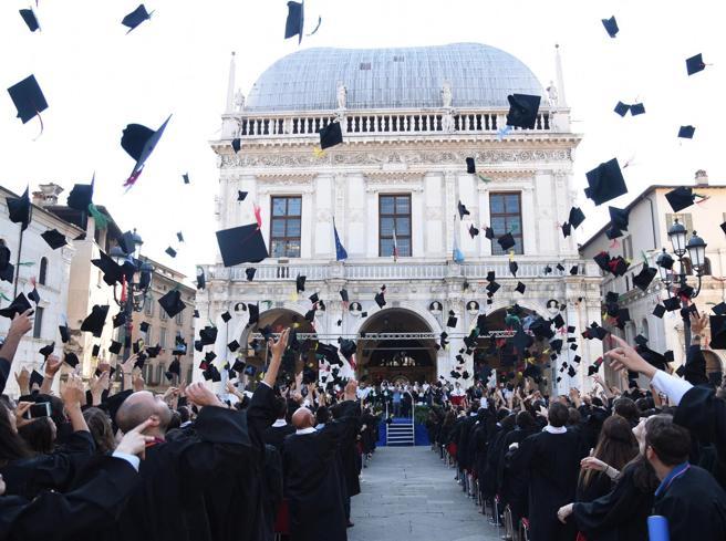 Riscatto della laurea «light»: quanto costa, chi ne ha dirit