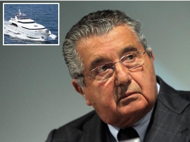 De Benedetti, «Yacht non dichiarato»: rischia multa da 36 milioni