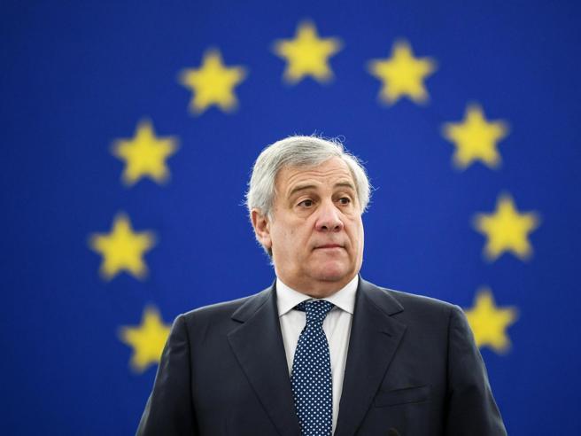 Tajani attacca la dittatura: