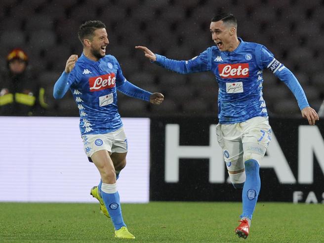 Napoli Lazio 2 1: Callejon, Milik e quattro pali. Accorcia I
