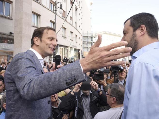 Processo a Salvini, «se M5S vota sì salta tutto». Verdetto in 2 mesi, oggi la Giunta