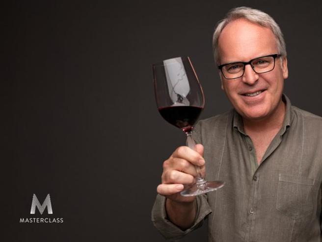 James Suckling,  l'uomo che dà il voto  a 22 mila vini l'anno