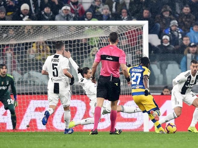 Juventus-Parma 3-3: Gervinho come Ronaldo, doppietta che gela i campioni