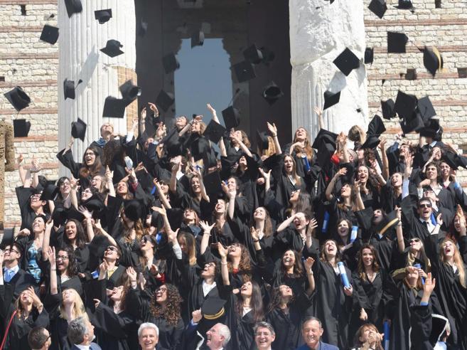 Riscatto laurea, nuovo cambio di regoleAgevolato chi ha iniziato dopo il 1996