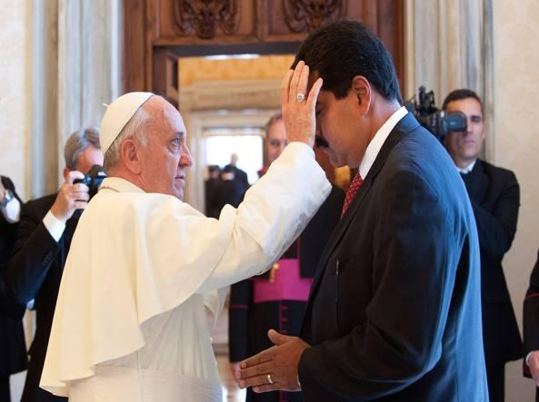 Lettera del Papa al «signor Maduro»: Francesco deluso, accordi disattesi
