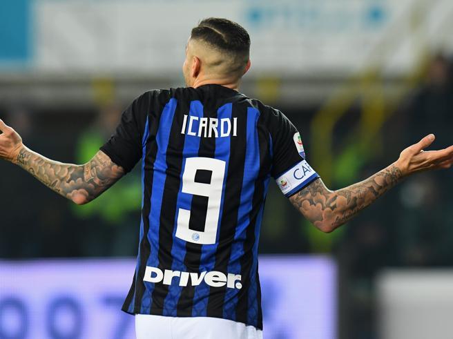 Ribaltone all'Inter, Handanovic nuovo capitanoTolta la fascia  a Icardi