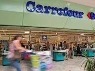 Carrefour, niente più iper: negozi medio-piccoli ma con 590 esuberi