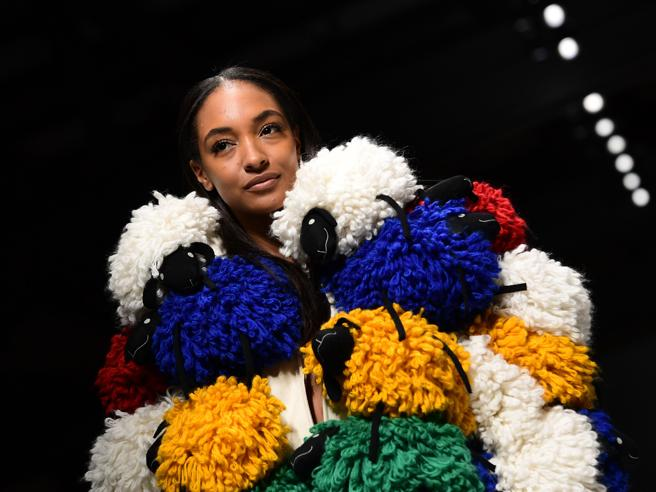 Benetton, la sfilata del marchio apre la Milano Fashion Week