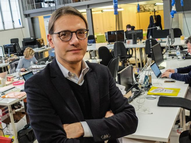 Angelo, l'artista-managerpioniere del crowdfunding«Mi davano del pazzoHo raccolto 8,5 milioni»
