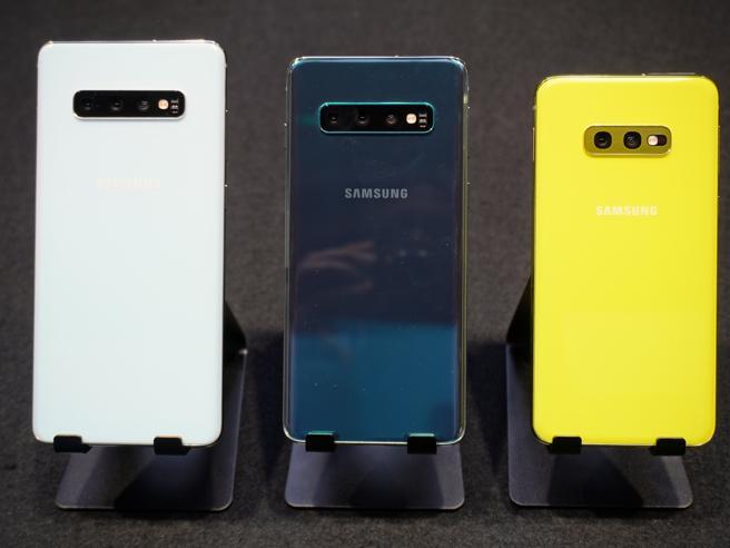 Samsung S10, S10+, S10e ufficiali: prezzi, data di uscita e tutte le novità