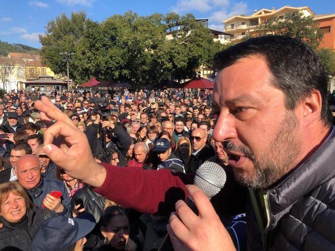 Salvini: «La Tav si farà. Non c'è alcun blocco,  solo una revisione del progetto»